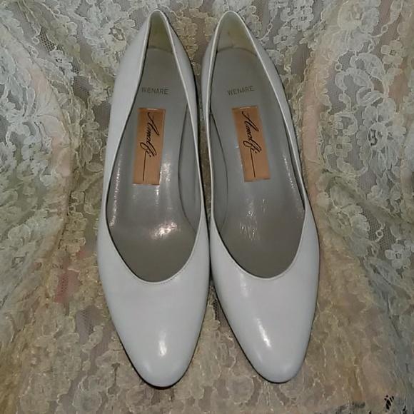 cef1f9415f3ba Amalfi Vintage 2 inch white leather pumps